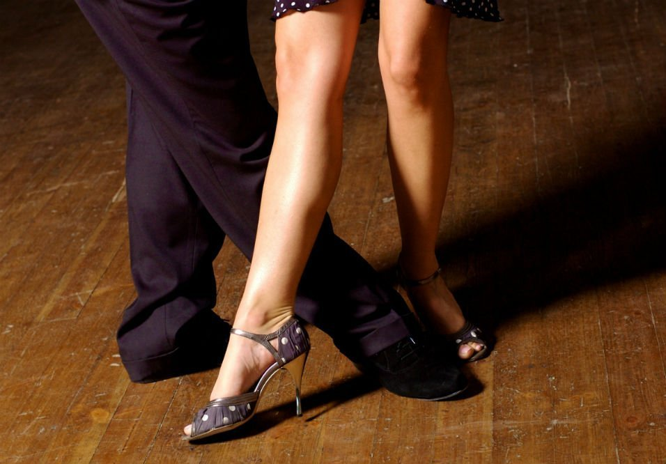How to Learn Ballroom Dancing at Home: Five Tips to Remember