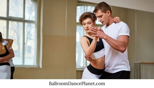 Learn How to Ballroom Dance DVD