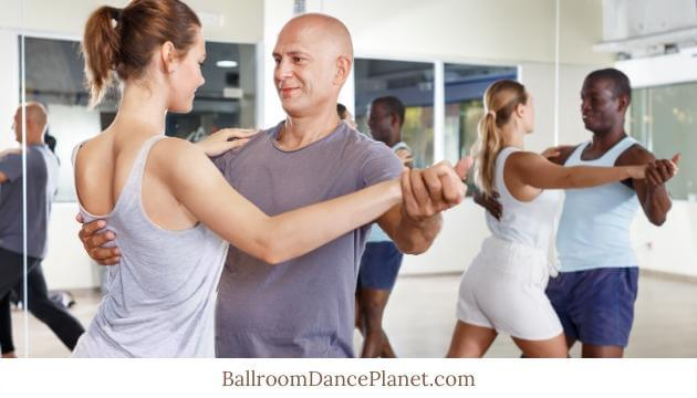 how to ballroom dance waltz