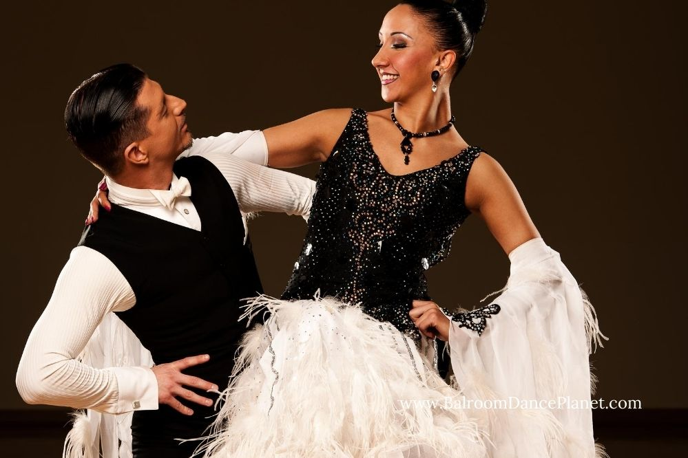 how to ballroom dance waltz feature