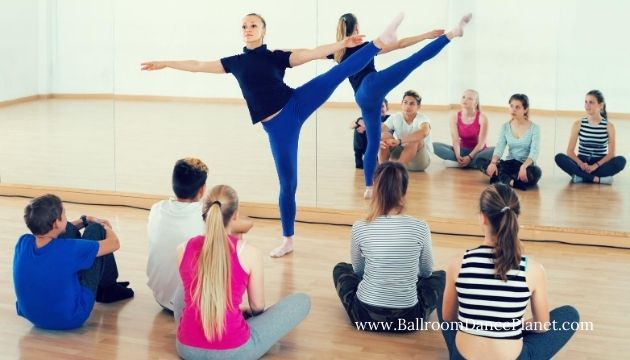 dance teacher in a group class