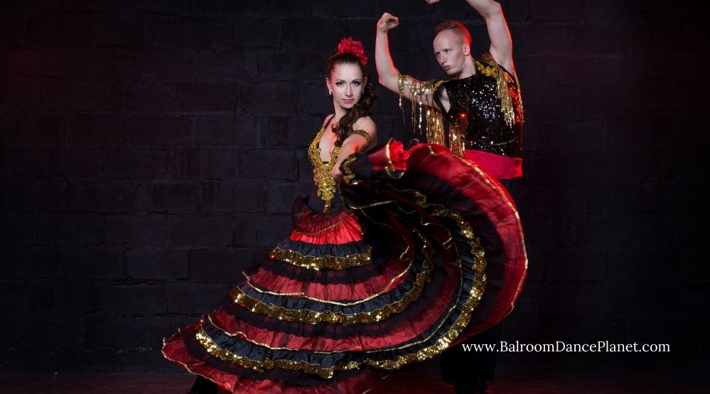 What to Wear for flamenco dance (1)